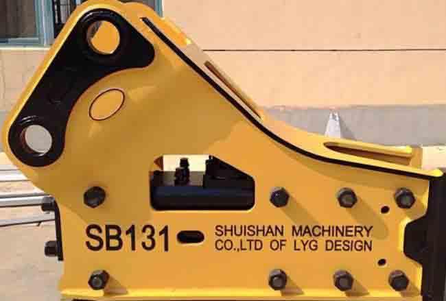 SB-131型号破碎锤